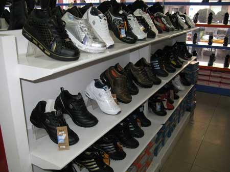 """女皮鞋;广州产""""高帝女孩"""""""