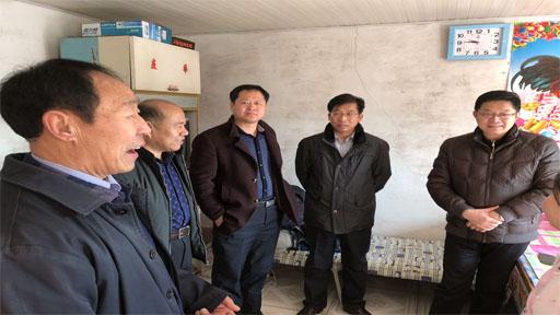 副市长姜春国走访慰问兴隆农场困难群众