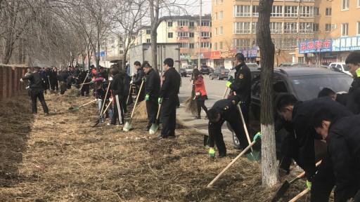 执法局组织开展爱国卫生清洁月活动